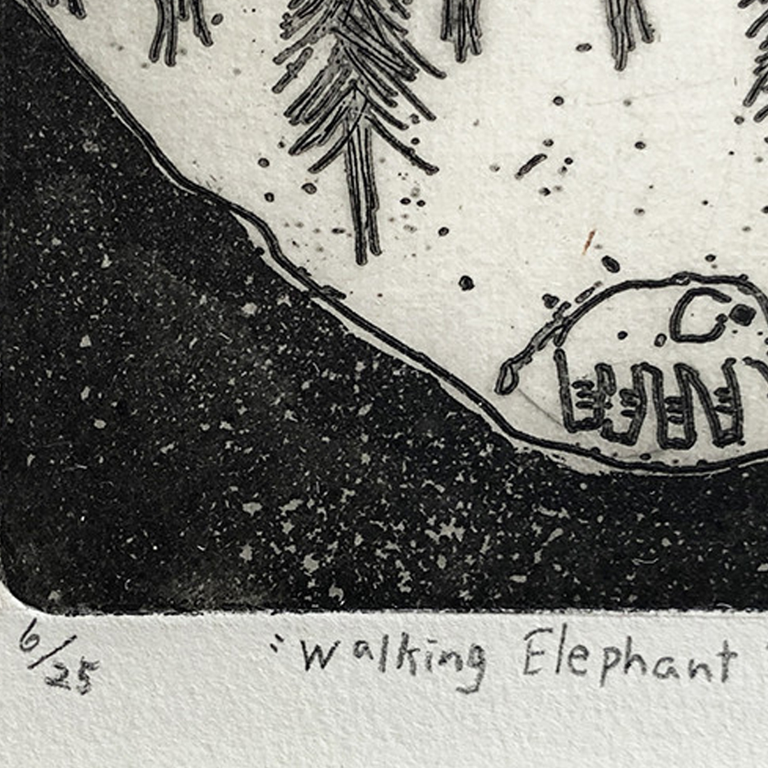 作品「Walking Elephant 」