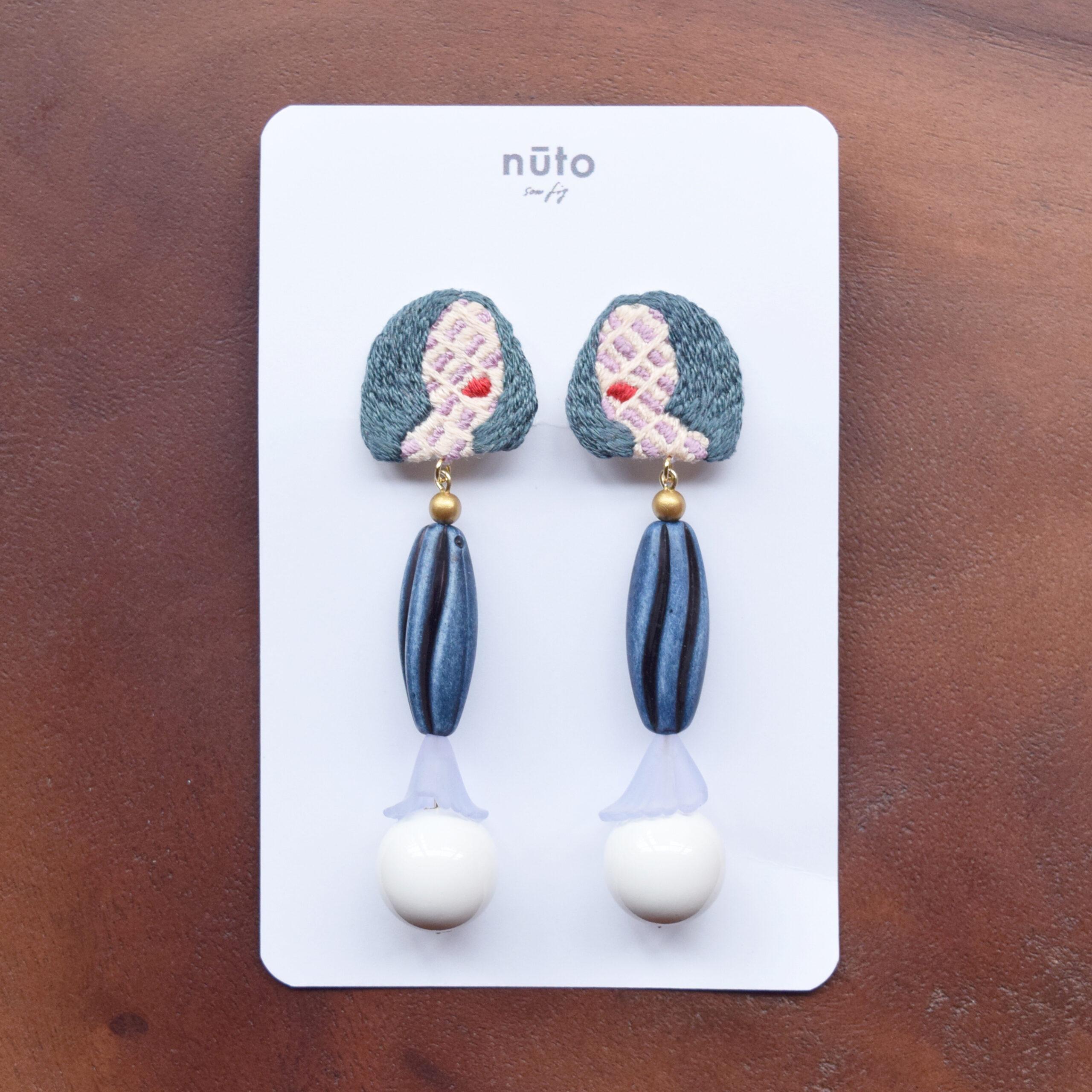 girl dyed earring